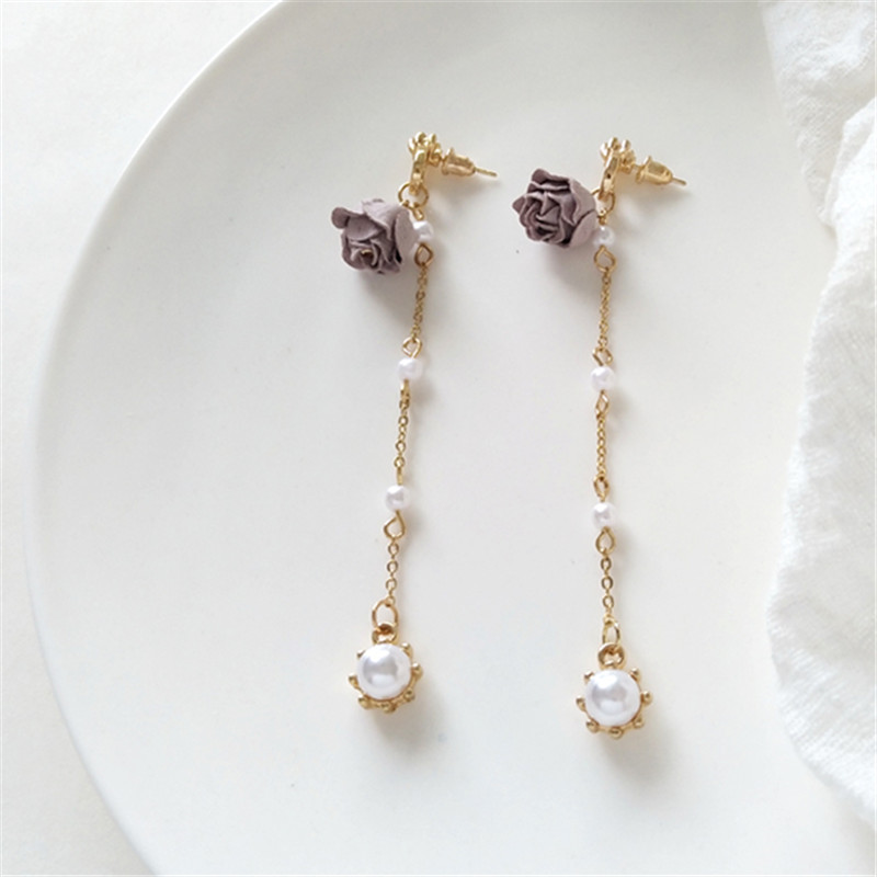 Pure and fresh and beautiful romantic elegant tassel earrings fashion lady long pearl earrings gift jewelry wholesale 2018 in Stud Earrings from Jewelry Accessories