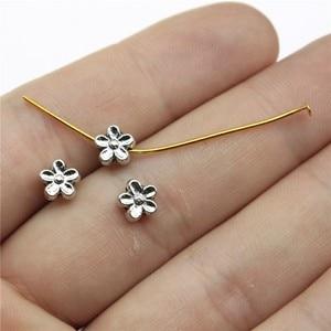 Flores pequeno buraco contas para diy jóias que fazem a jóia encontrando 60 pces antigo prata cor 0.3x0.3 polegadas (7x7mm)