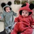Los Bebés recién nacidos Ropa de Otoño Chicas Calientes de Los Mamelucos Mickey Ropa Infantil Coral Fleece capa Larga prendas Con Capucha Mono Del Bebé