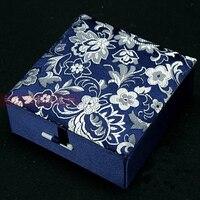 Alta calidad de seda brocado pulsera exhibición de la joyería caja de regalo caja de almacenamiento caja de algodón lleno brazalete cajas de embalaje