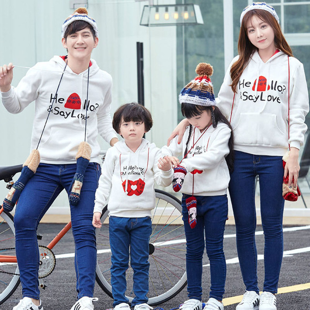 Family Matching Christmas Clothes Sweatershirt Winter Thicken Mother Daughter Father Son Warm Hoodies Parent-Child Family Fitted