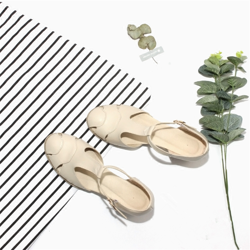 2018 New Genuine leather summer sandals Handmade pink beig buckle strap sandals oxford shoes lady sandals in Middle Heels from Shoes