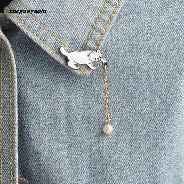 Creativo Cute Little White Pearl Cat Spilla Pins Chic Gioielli Di Moda Bijoux Spilla Donne Migliore Regalo All'ingrosso