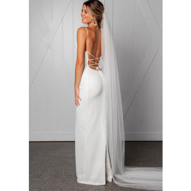 a93aa684c2221 Detail Feedback Questions about NEW Summer White Sexy V Neck Sleeveless  Camis Open Back Bride Dress Women Vestido Maxi Dress Long Party Dress  vestidos de ...