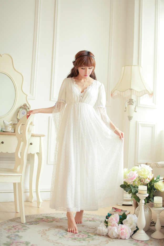 3274f20aac6 Бесплатная доставка Кружево мягкой сетчатой ткани Для женщин длинные ночная  рубашка принцессы пижамы бежевый пижамы Roupas