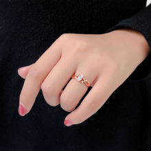 цена на Jewelry Ring For Women Elegant Style Crystal Hollow Out Rose Gold Sliver Engagement Fashion Jewelry Valentine's Day Jewelry Gift
