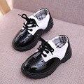 2016 nuevo clásico de los niños 3-8y niños martin botas shoes moda negro blanco muchachas de los niños del otoño del resorte de cuero shoes unisex