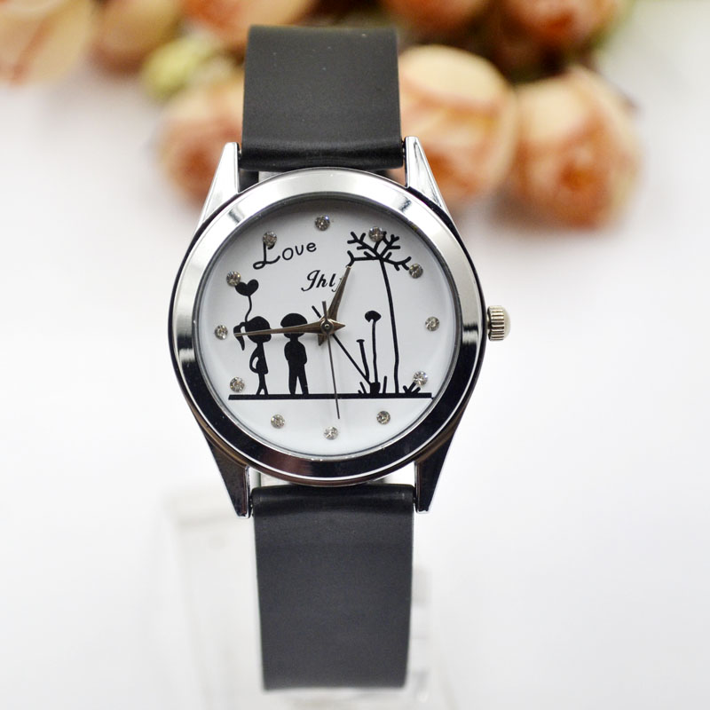 Lovers, watches, Korean pop, male, middle school students, leisure leaLovers, watches, Korean pop, male, middle school students, leisure lea
