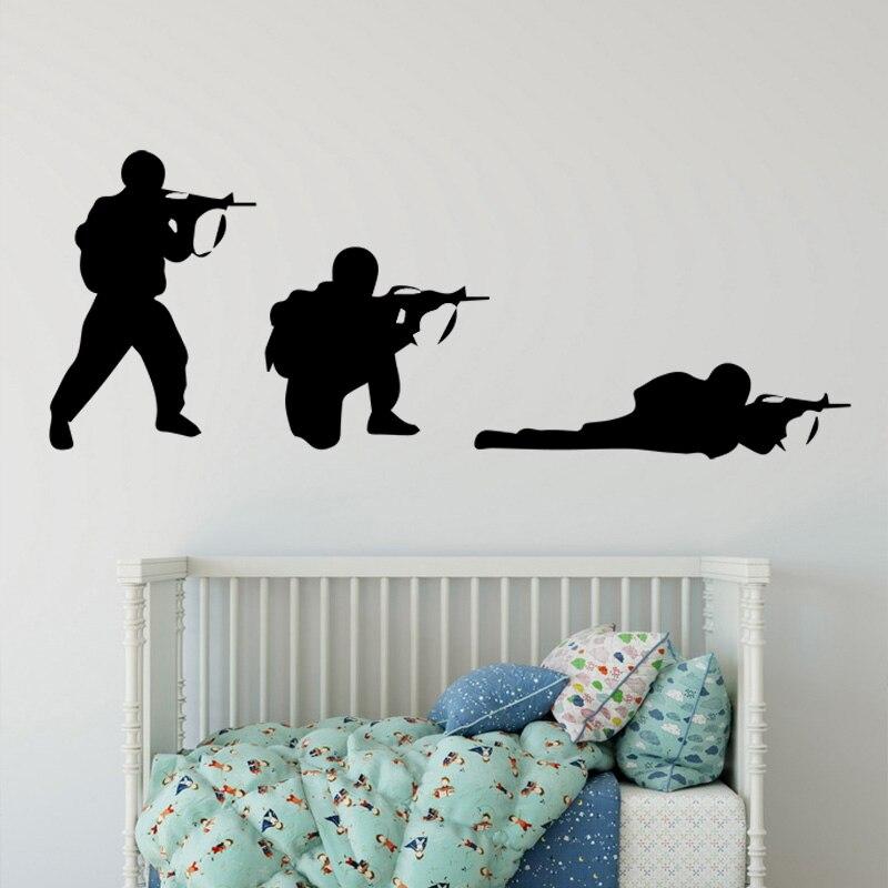 Прохладный Военный армии солдата стены Стикеры Пистолеты настенные военной промышленности мальчиков Спальня украшение Настенная военной ...