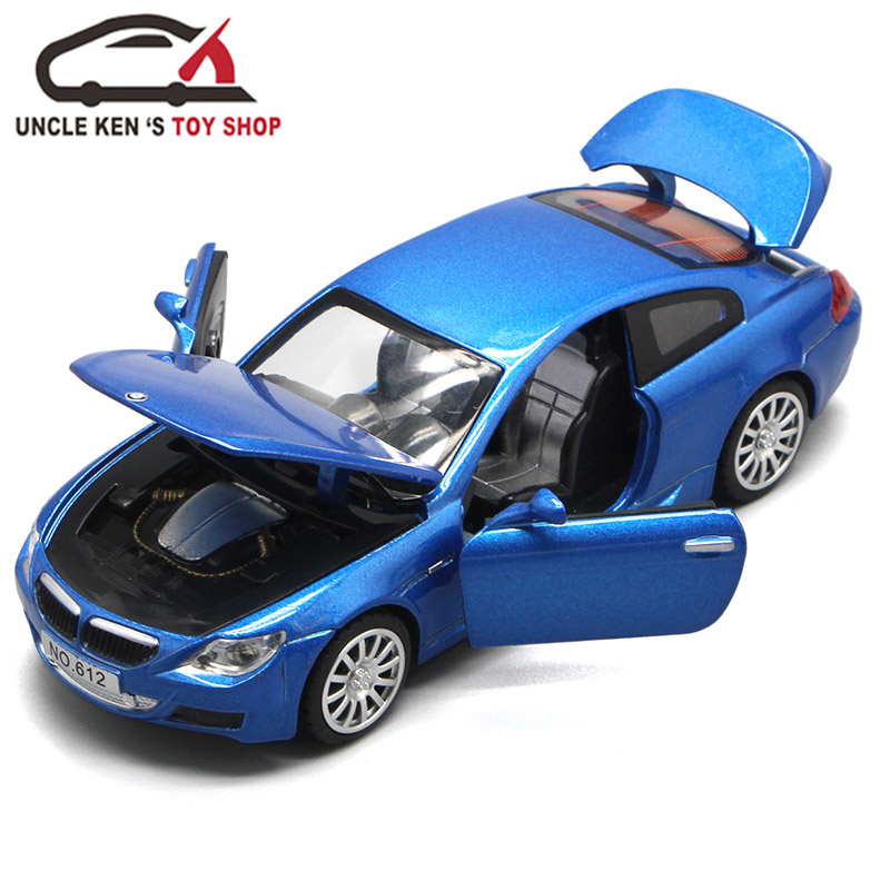 Diecast Replica Metal Car، 1/32 Scale Model، Boys Toys Gift with Openable Doors / Back Back Function / Music / Light