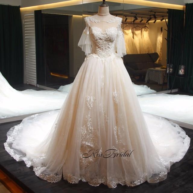 Gorgeous Royal Train Wedding Dress 2018 Sexy Open Corset Back Lace Appliqued Bridal Gowns vestidos de novia