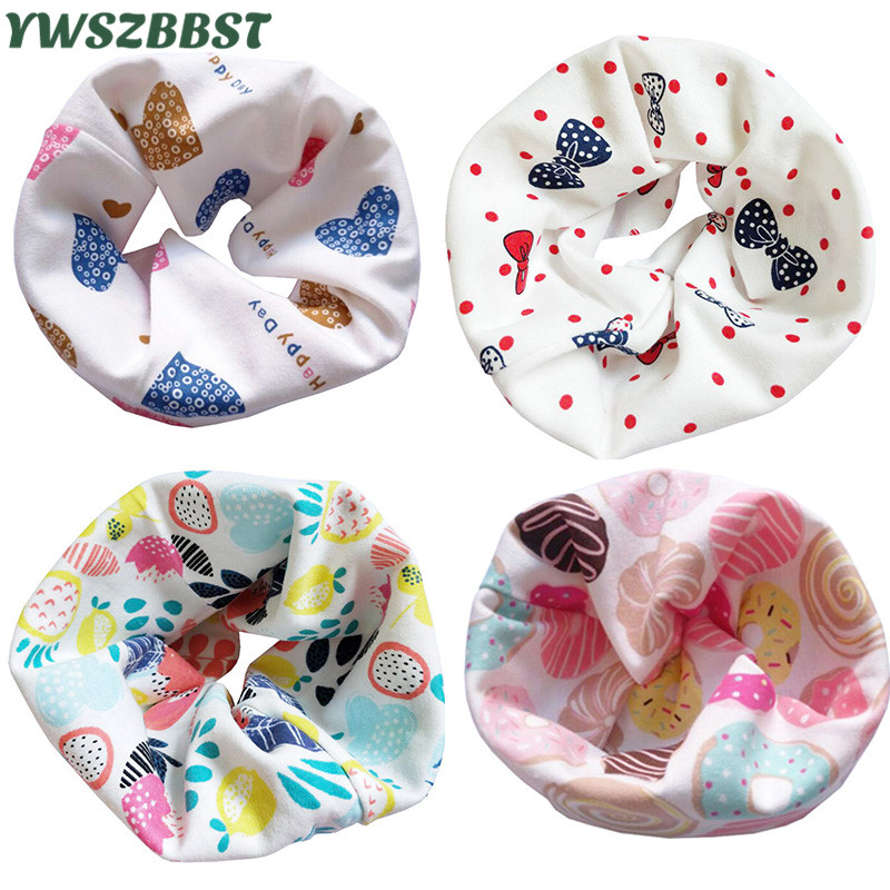Fashion Cartoon Baby Bib Scarf Vår Höst Bomull Bandana Bibs Baby Burp Cloths Vinter Varma Barn Pojkar Girls Child Collar