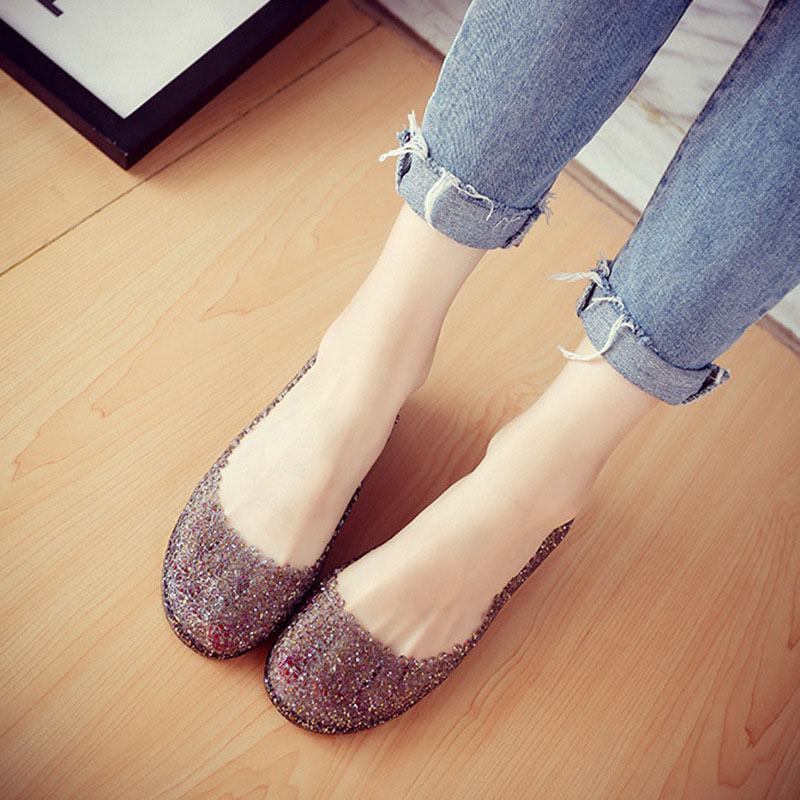 Free shipping 2018 Summer new jelly sandals Flat with bird's nest hole shoes Female Garden crystal openwork beach sandals