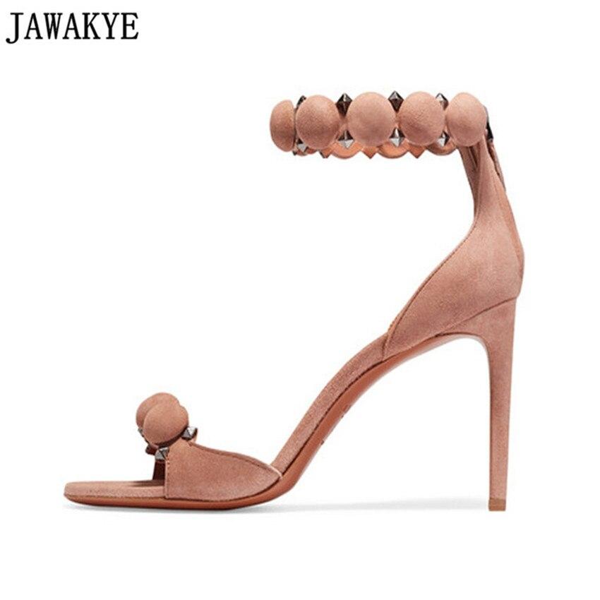 Classique gladiateur sandales femmes Rivets clouté bride à la cheville pompons à bretelles talons hauts chaussures de mariage sapato feminina grande taille