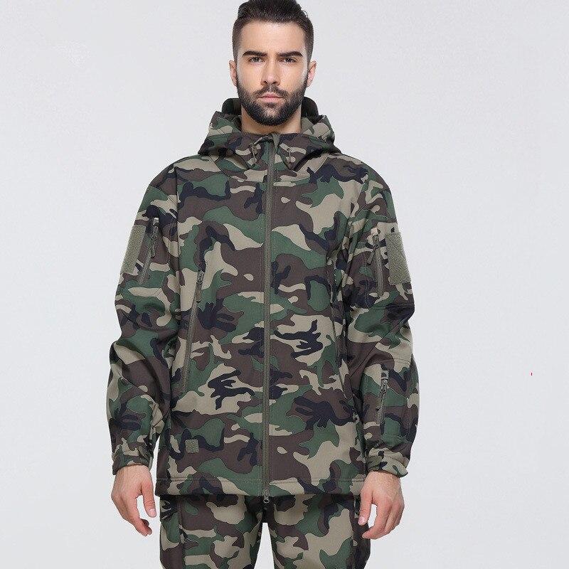 22 farbe Military Tactics Camouflage Wandern Wasserdichte Softshell Mantel Männer Im Freien Klettern Camping Fleece Windjacke