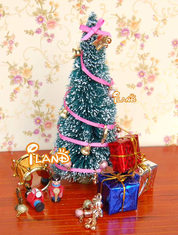 iland 112 dollhouse miniature christmas decoration living room accessories christmas tree and other decorations in dolls accessories from toys hobbies on - Miniature Christmas Decorations For Dollhouses