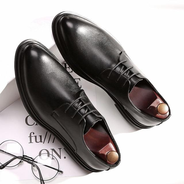 DESAI 靴男性韓国のファッションとんがりカジュアル紳士靴春夏秋冬レザーシューズビジネス予告なく変更、削除