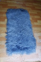 Dyed blue color cheap Price / high quality large curly hair /mongolian sheep fur skin plate