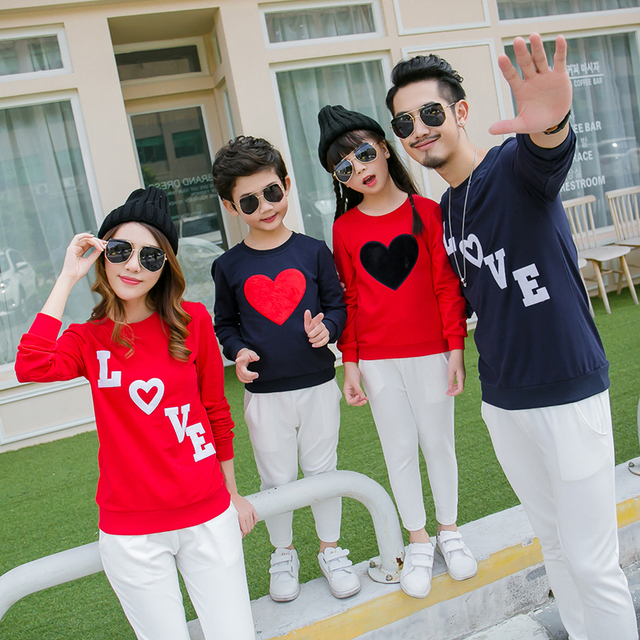 Heart Long Sleeve T-shirts Family Set Clothes for  Mother and Daughter Clothes for Father and Son Lovers T-shirt Clothes XZ11