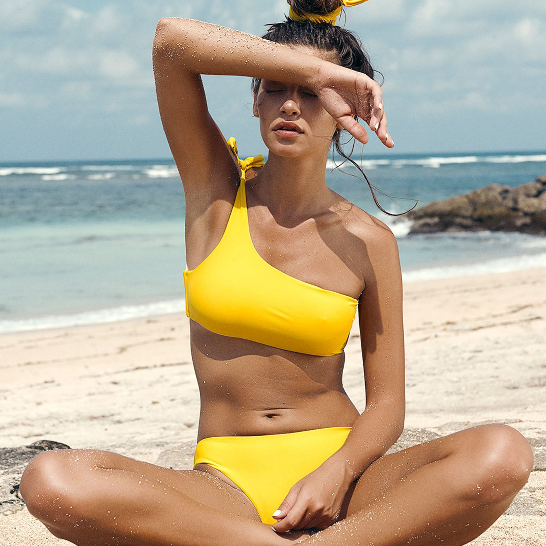 f38ef151a94 Women Swimwear Striped Women Bikinis Set One Shoulder Bandage Pushed Up  Paded Bikinis Swimsuits Real Photo