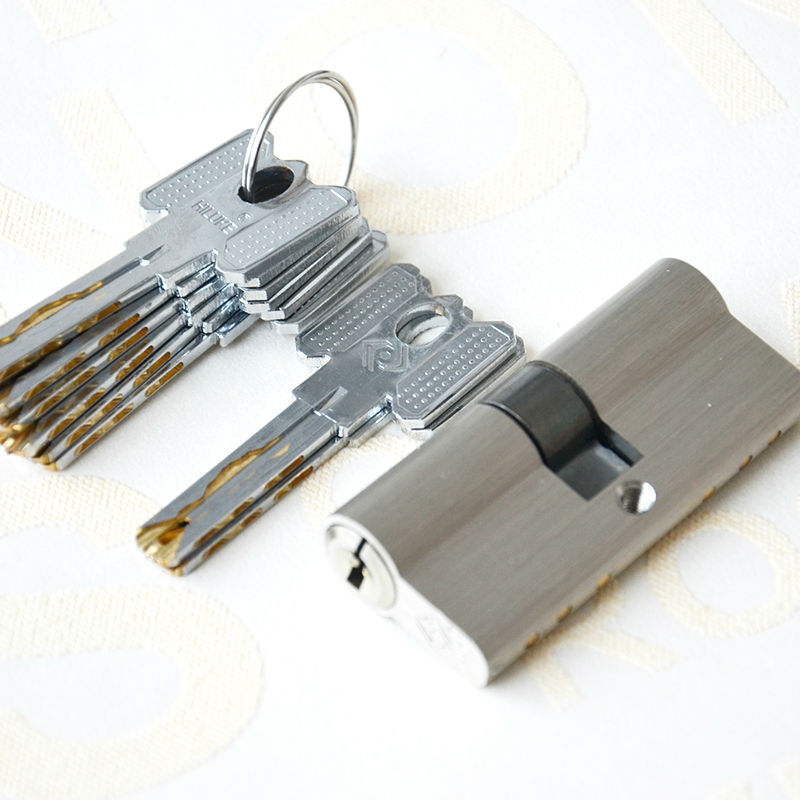 HILUKE hardware 70mm brass alloy door lock cylinder Europe stander lock core high secure key 35 55mm door thickness door handle brass lock with 70mm key lock