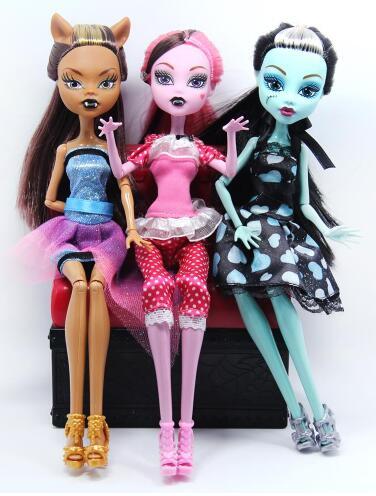 High Quality Fasion Dolls Draculaura/Clawdeen Wolf/ Frankie Stein / Black WYDOWNA Spider Moveable Body Girls Toys Gift