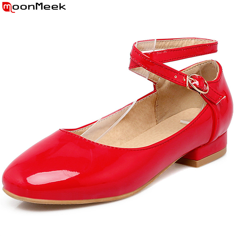 MoonMeek red black white fashion spring autumn new women shoes buckle shallow casual ladies shoes square heel low heels shoes 2016 spring and summer free shipping red new fashion design shoes african women print rt 3