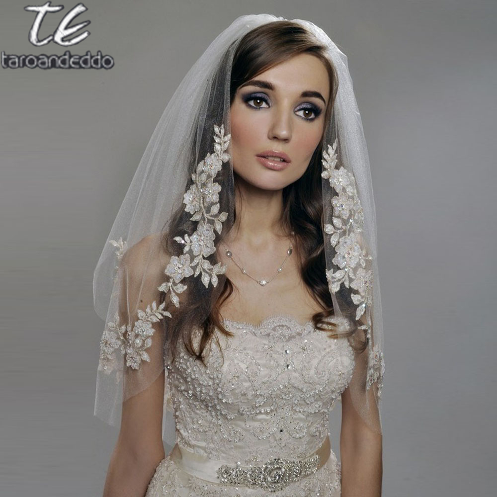 Short Veil Appliques Pearls Two-Layers White/ivory Elbow-Length 75cm with Beading Bridal