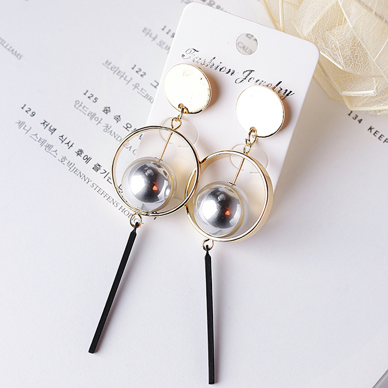 Europe and the United States Personality Exaggerated Three-dimensional Circle Geometric Design Earrings Female