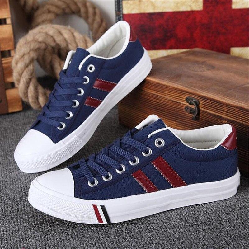 Prix pour Style britannique Hommes Sneakers pour Homme Toile chaussures Hommes Rétro De Tennis Sneakers Planche À Roulettes chaussures