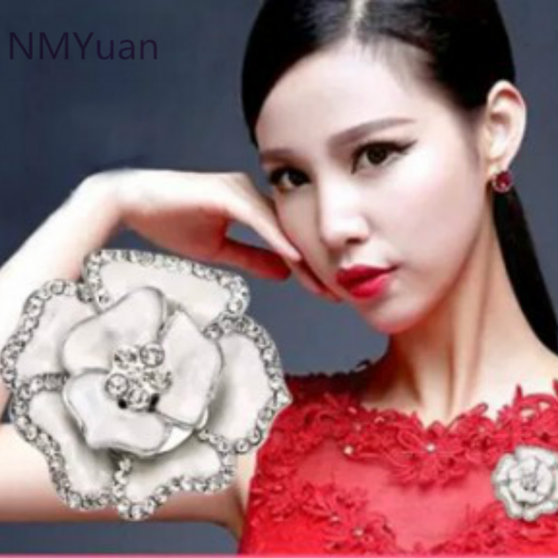 @ Special @ corsage flowers brooch female Korean fashion high-end suit jewelry Korea retro big pin