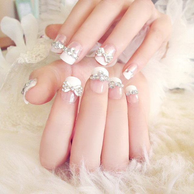 Saffly 24pcs With Diamonds Nail Tips White Butterfly Knot French False Nails Simple Style Square Head Fake Free Shipping