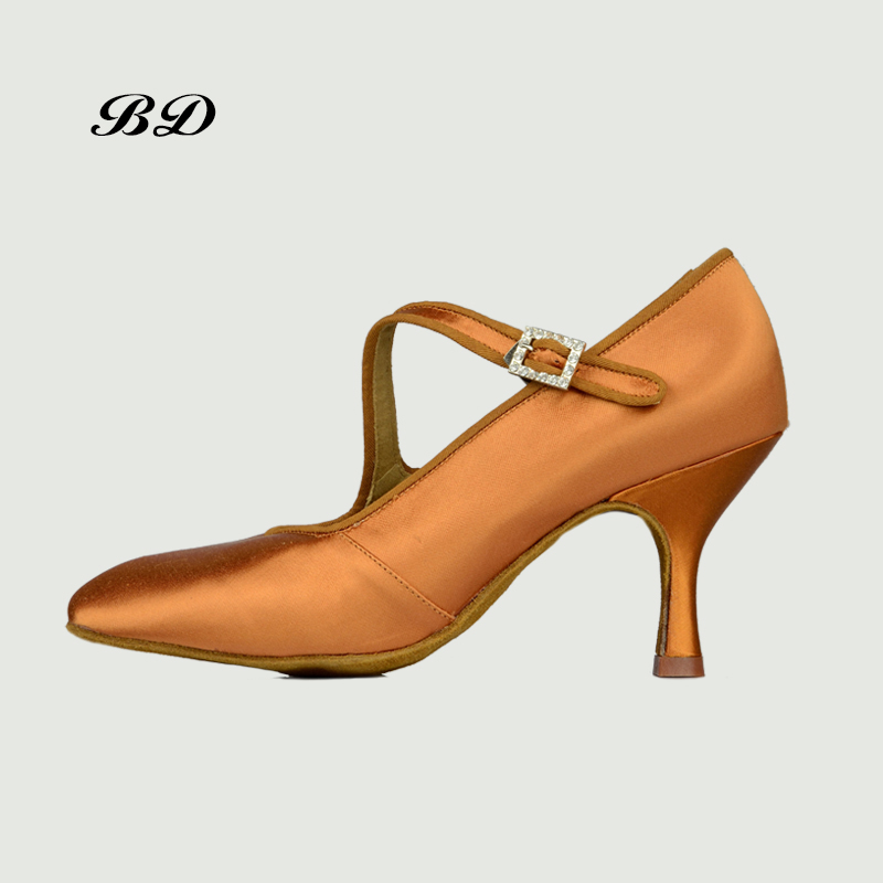 Top Dance Shoes Ballroom Women Latin Shoes BD 147 NEW Round Jazz Modern Foxtrot Tango Imported satin Diamond Buckle 2018 HOT