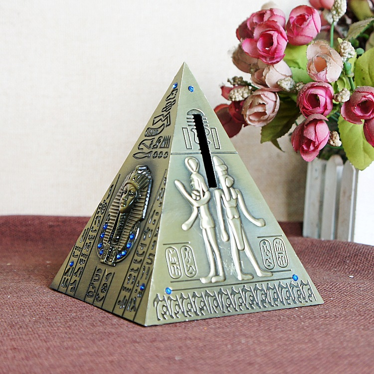 2018 Creative Bronze Pyramid Figurine Model Egypt Landmark Buildings With Piggy Bank For Children Gift Home Decoration in Figurines Miniatures from Home Garden