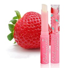 1pcs Natural Strawberry Moisturizing Lip Balm Portable Size Women Winter Lip Care Refine Repair Lip Anti-aging Lipstick Lip Balm недорого