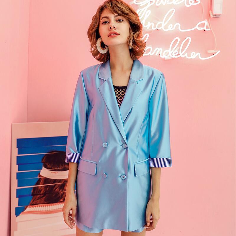 Kadın Giyim'ten Kadın Setleri'de 2019 Bahar kadın setleri v yaka hollow out bow uzun Blazers + moda metalik renk Şort iki adet'da  Grup 2