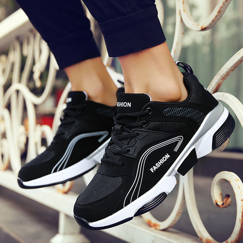 2019 Sport Running Shoes Men Couple Lightweight Shoes Men Flats Outdoor Sneakers Mesh Breathable Walking Footwear Male Trainers2019 Sport Running Shoes Men Couple Lightweight Shoes Men Flats Outdoor Sneakers Mesh Breathable Walking Footwear Male Trainers
