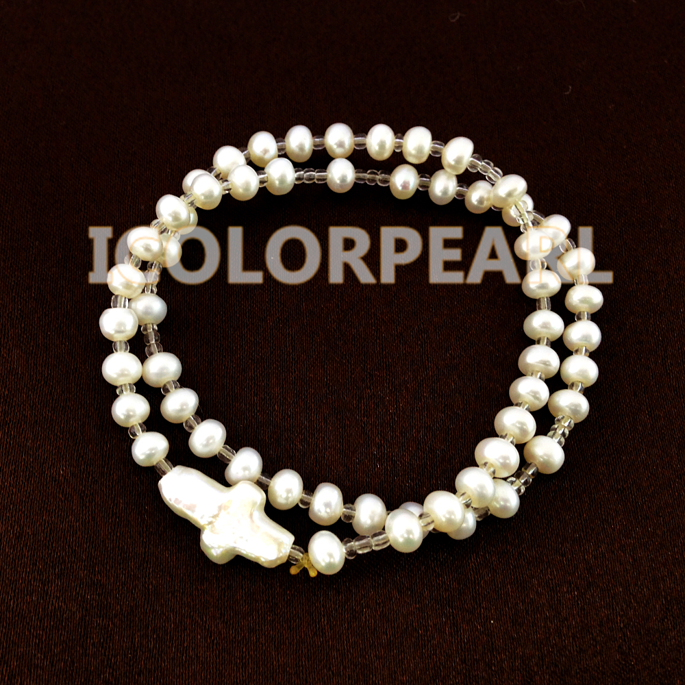 Lovely Two-Strand Small White Flatround Natural Freshwater Pearl Cross Bracelet on Elastic With Plastic Beads