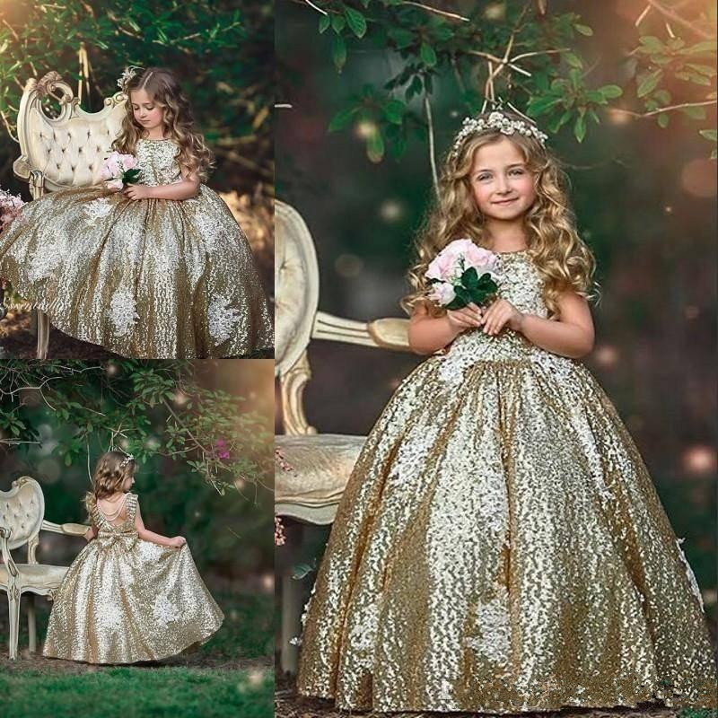 2019 Bling Gold Sequins Flower Girls Dresses Sequined Appliques Sleeveless Bow Floral Birthday Dresses First Communion Dresses
