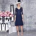 2016 Plus Size azul mãe da noiva Vestidos de madrinha vestido na altura do joelho V pescoço Vestidos de noite Vestidos