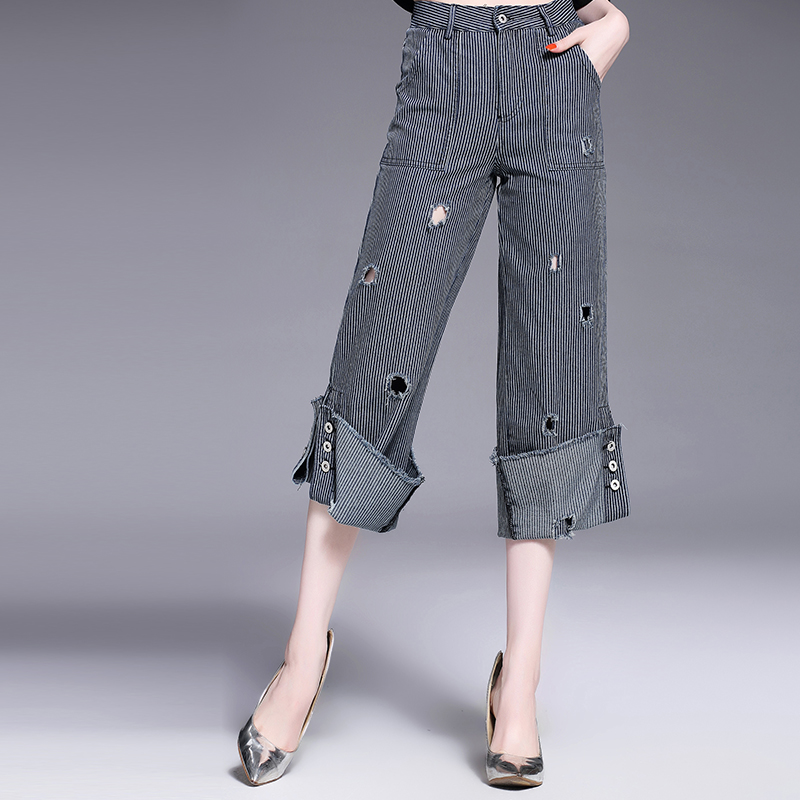 Women Jeans Summer Fashion Flare Calf-Length Loose Pants Ripped Pockets Wid Leg 2017 New Pants Cotton Hole Jeans new summer vintage women ripped hole jeans high waist floral embroidery loose fashion ankle length women denim jeans harem pants page 1