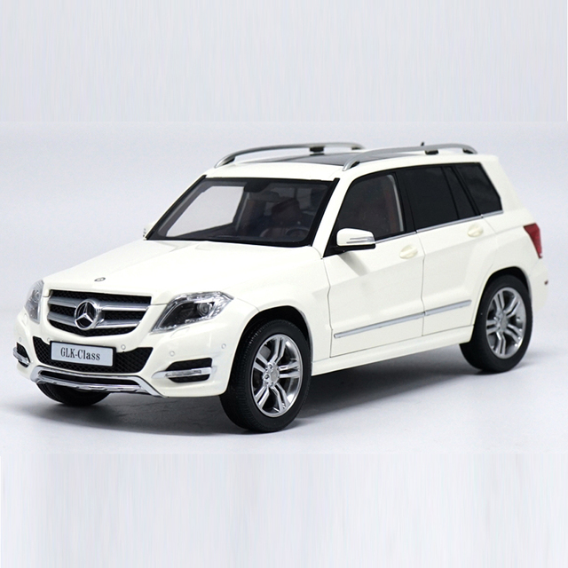 Scale 1:18 Alloy Pull Back Toy Vehicles Benz GLK 300 SUV Car Model Of Children's Toy Cars For Collection