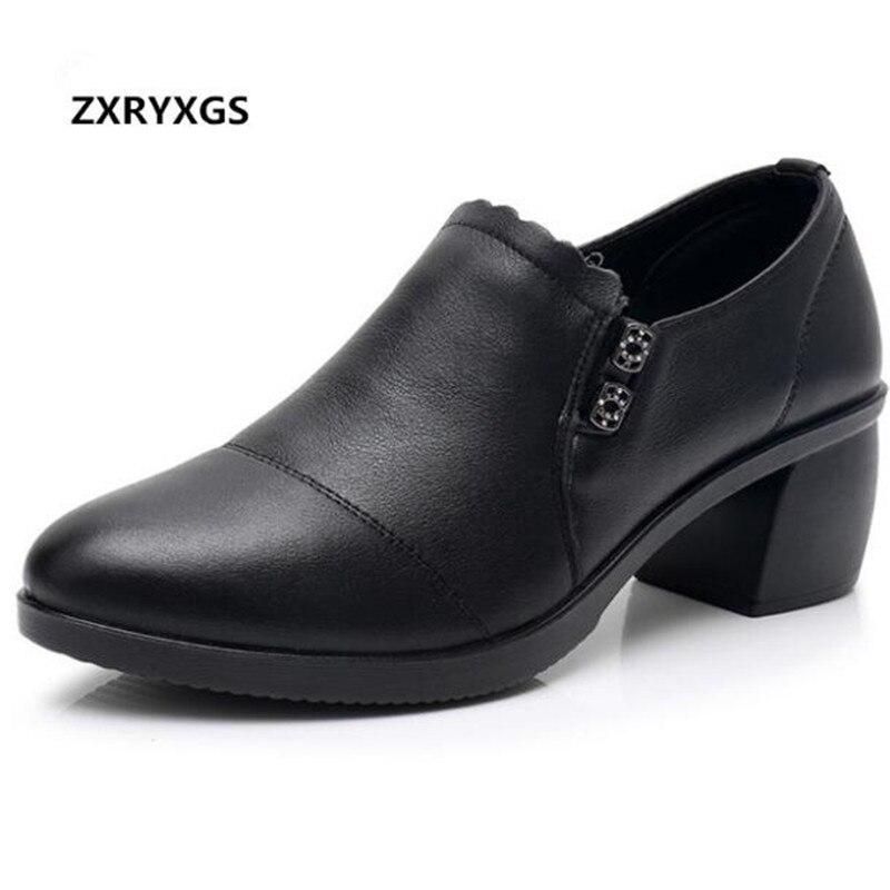 2019 nouveau printemps bouche profonde strass chaussures en cuir véritable travail OL femmes chaussures à l'intérieur court en peluche chaussures d'hiver talons hauts 5 cm