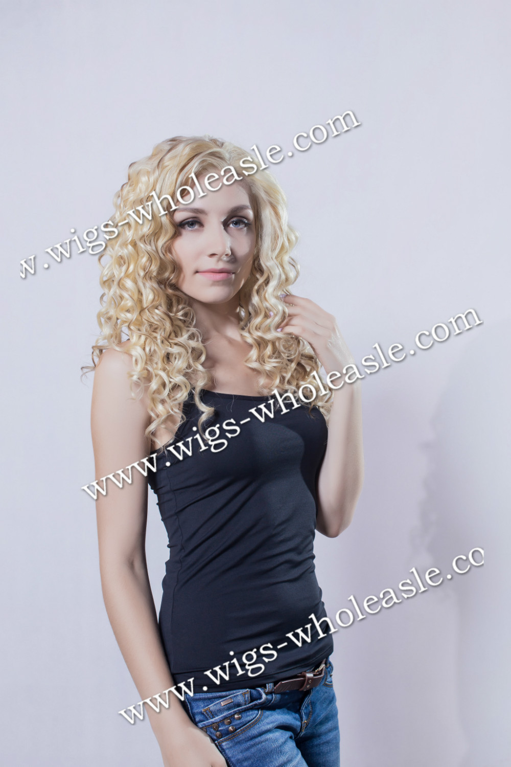 ФОТО Stunning Princess Style Two Tone Wigs Medium Length Curly Synthetic Lace Front Wig
