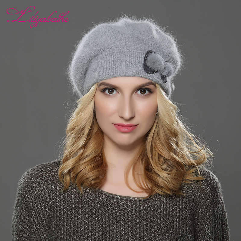 Nueva boina de invierno para mujer, gorro de lana de angora, Boina Simple y elegante con decoración de flores de visón, gorro doble y cálido