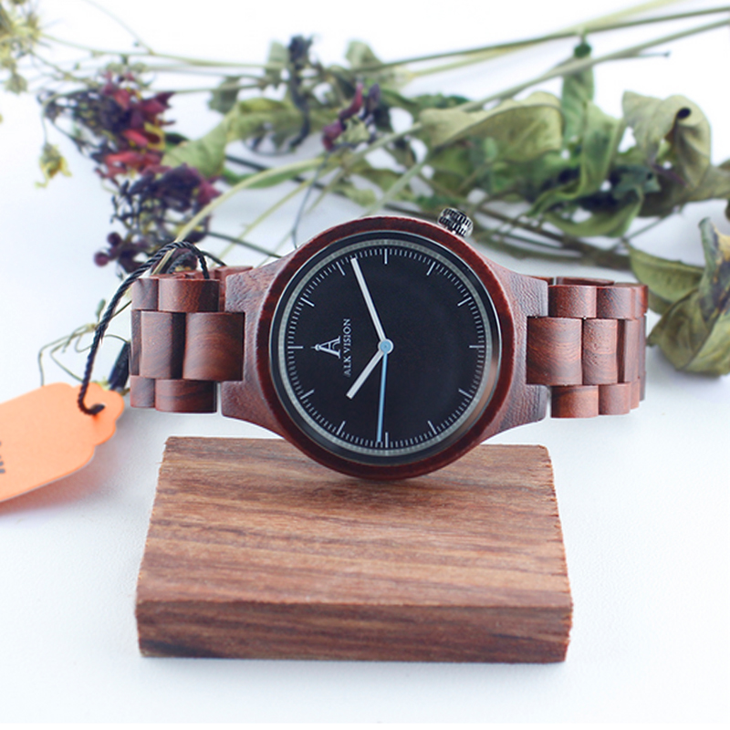 Couple Wooden Watches Fahsion Quartz Lovers Watches Chic Natural Wooden Wristwatch Male Female Casual Pointer Clock Dropshipping