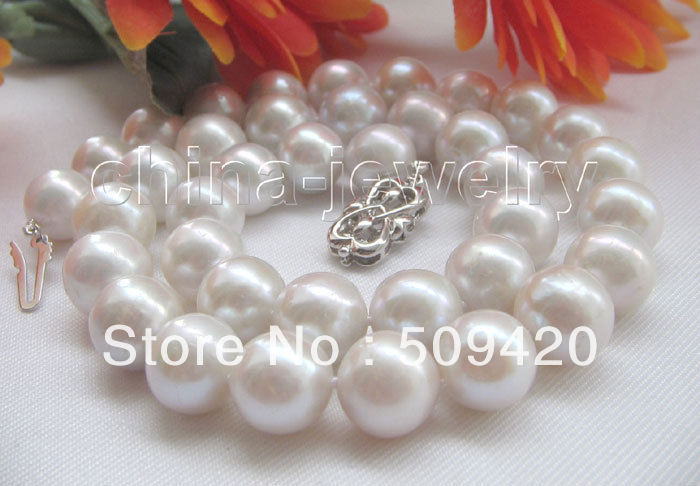 """~~ Free ShippingGorgeous AAA18"""" 12mm Tahitian white round freshwater pearl necklace - 925 silver"""