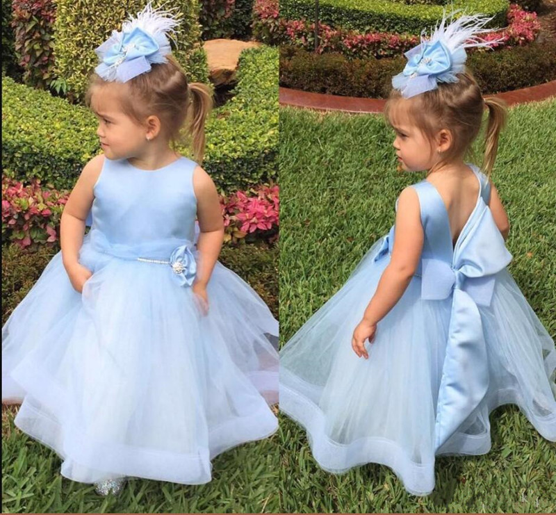 Light Sky Blue Long Flower Girl Dress For Special Occasion Baby Birthday Gown Open Back Custom Made Ball Gowns with Bow Beading Light Sky Blue Long Flower Girl Dress For Special Occasion Baby Birthday Gown Open Back Custom Made Ball Gowns with Bow Beading