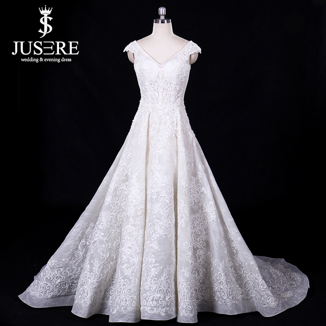 Eslieb Wedding Dress 2018 V-Neck Bridal Gown LaceBeaded Court Train Wedding  Dresses Custom Made Robe De Mariage Vestido de Noiva 0a68c63a0e23