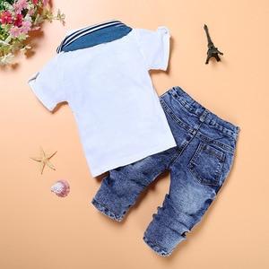 Image 2 - Moda bebê menino 3 pieces conjuntos de roupas crianças camisa + jean + cachecol terno meninos roupas crianças roupas casuais infantis calça